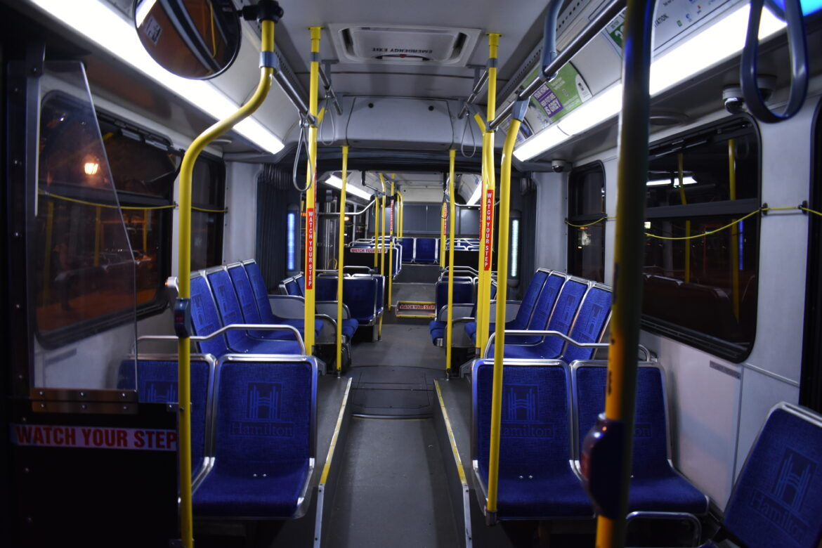 A HSR articulated bus, interior, with no passengers